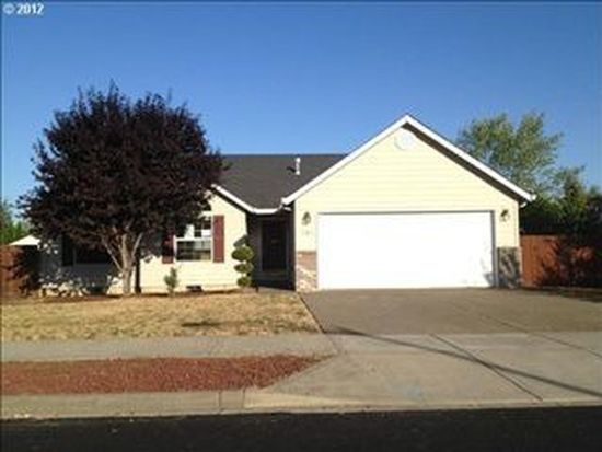 368 SW West Hills Dr, Mcminnville, OR 97128