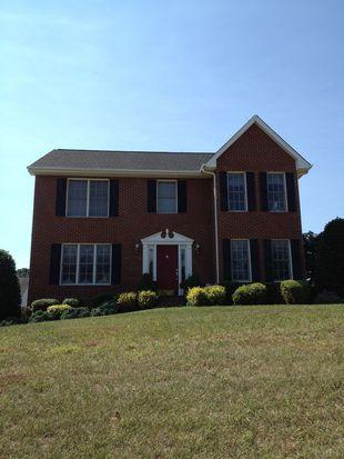 723 Brookfield Ln, Roanoke, VA 24012