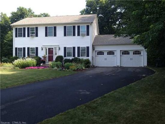 14 Shweky Ct, Wallingford, CT 06492