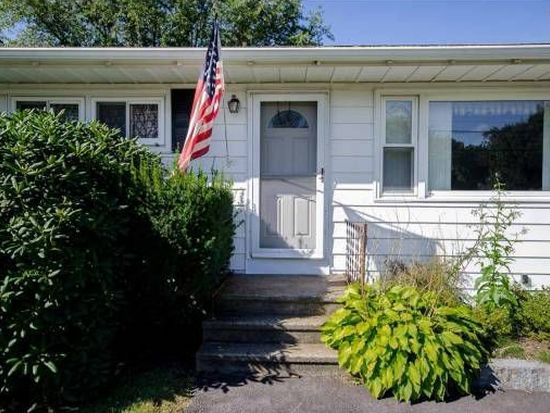 347 Meadow Rd, Portsmouth, NH 03801