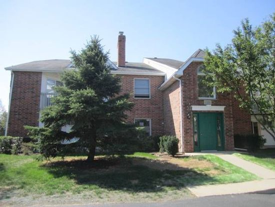 1331 Cunat Ct APT 1A, Lake In The Hills, IL 60156