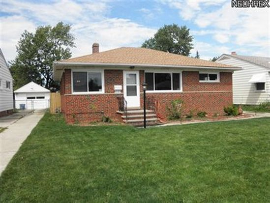 2112 Lincoln Ave, Parma, OH 44134