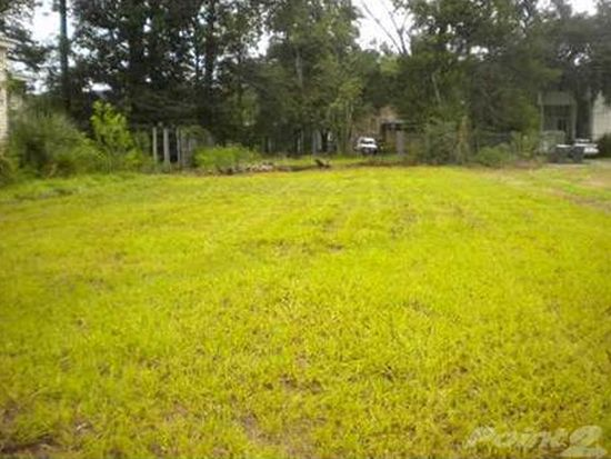 308 W 38TH St, Savannah, GA 31401