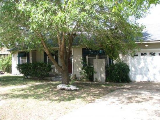 209 N 10th St, Gatesville, TX 76528