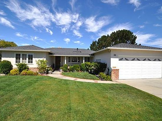 748 Foothill Dr, San Mateo, CA 94402