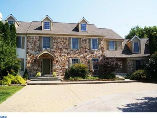 1842 Huntsman Ln, West Chester, PA 19382