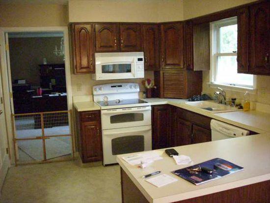 3143 Boxwood Ct, Elkhart, IN 46514