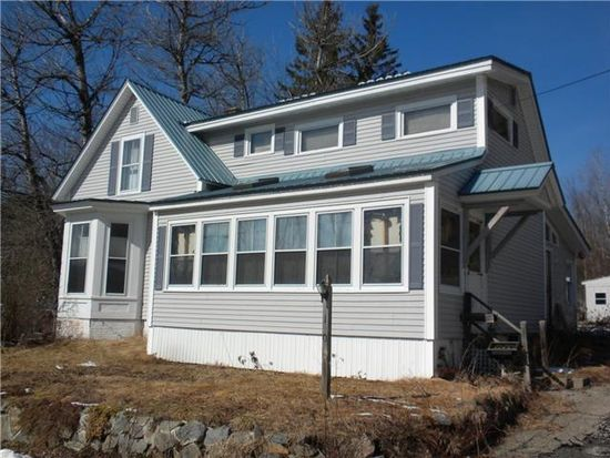 10 Lawrence St, Winchester, NH 03470
