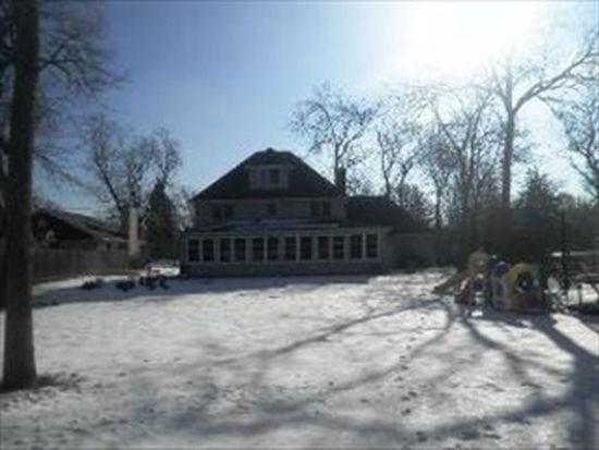 194 Pomeroy Ave, Crystal Lake, IL 60014