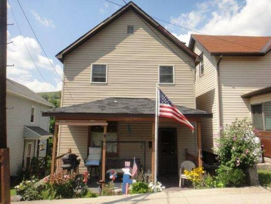 701 Maple St, South Fork, PA 15956