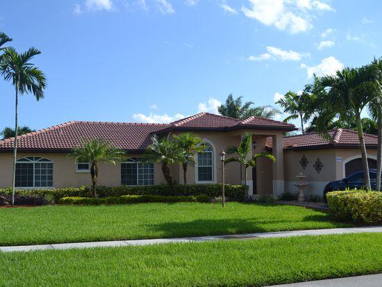 15398 SW 172nd Ter, Miami, FL 33187