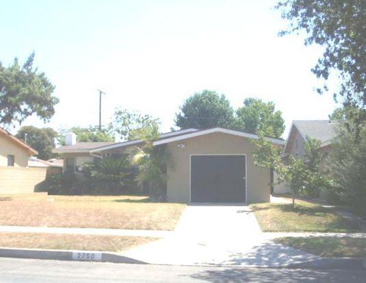 2750 Ladoga Ave, Long Beach, CA 90815