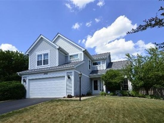 4640 Rolling Hills Dr, Lake In The Hills, IL 60156