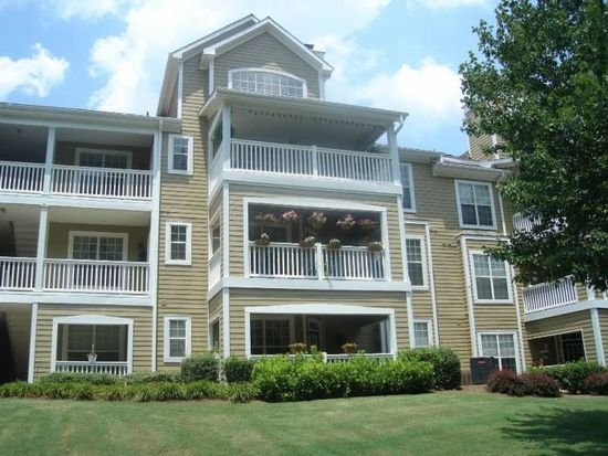 3410 Cotton Mill Dr APT 302, Raleigh, NC 27612