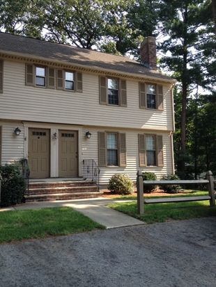 419 Wellman Ave UNIT 419, North Chelmsford, MA 01863
