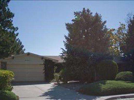 8810 James Ave NE, Albuquerque, NM 87111