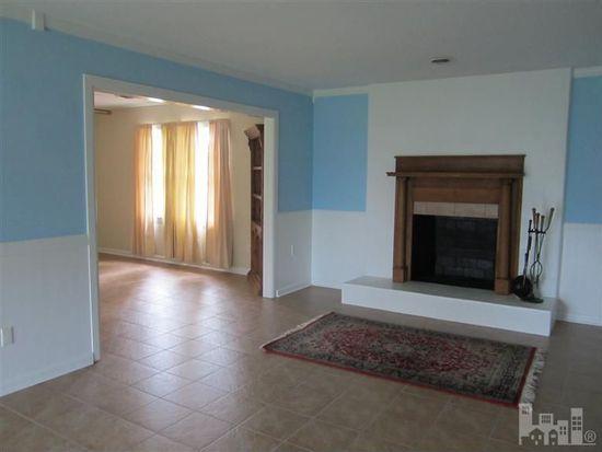 844 Arnold Rd, Wilmington, NC 28412