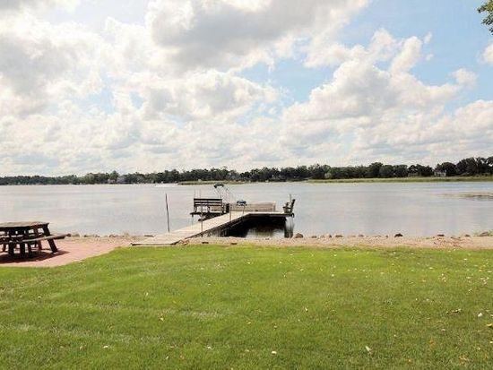 S106W20773 N Shore Dr, Muskego, WI 53150