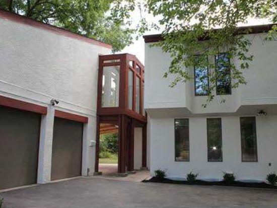 181 E New England Ave, Worthington, OH 43085