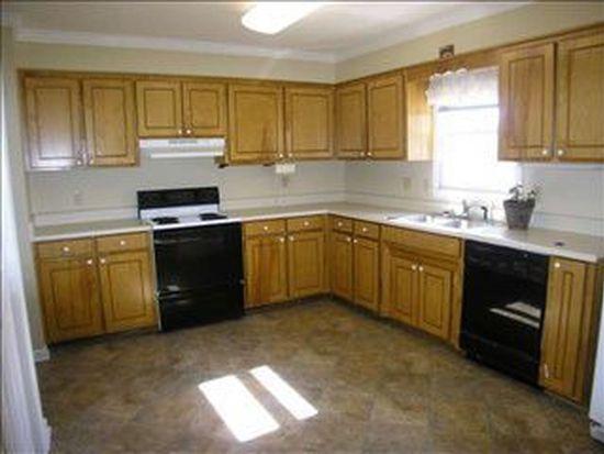 204 Kentfield Ln, Spartanburg, SC 29303
