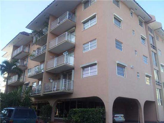 901 SW 37th Ave APT 57, Miami, FL 33135