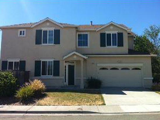 2561 Pinkerton Ln, Fairfield, CA 94533