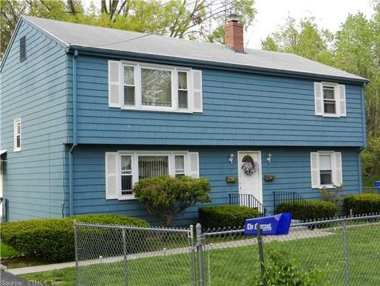 4 Dale Ave, Bloomfield, CT 06002