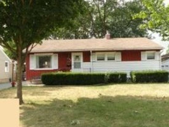 407 Daly Ave, Morris, IL 60450