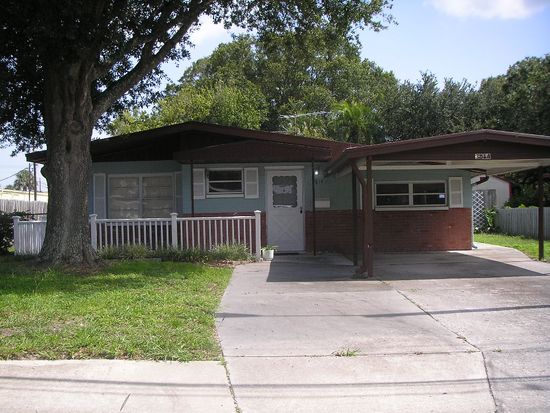 3814 W Wyoming Ave, Tampa, FL 33616