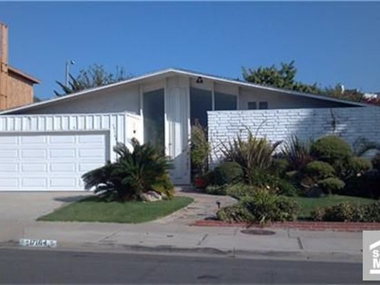 17164 Courtney Ln, Huntington Beach, CA 92649