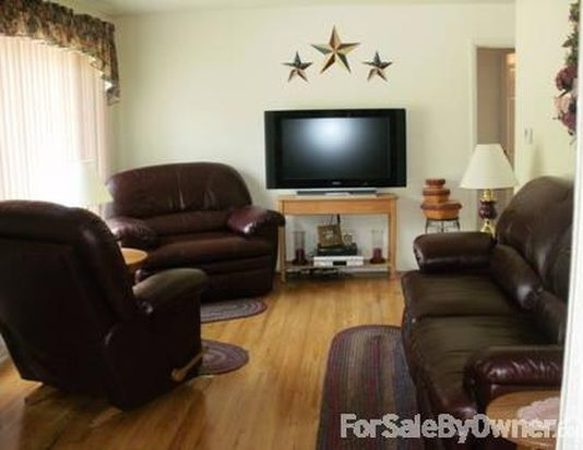 3950 Osage St, Stow, OH 44224