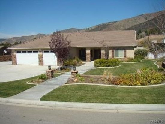 35838 Country Ridge Rd, Yucaipa, CA 92399