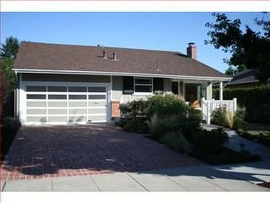2448 Oregon Ave, Redwood City, CA 94061