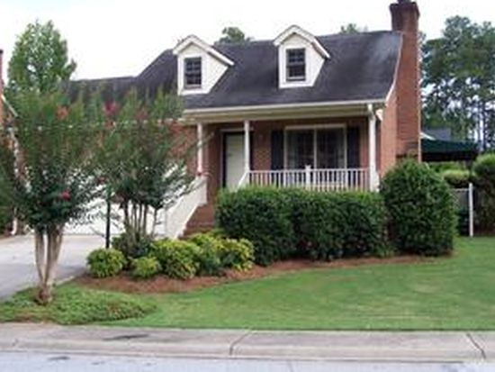 104 Cobblestone Ln, Greenwood, SC 29649