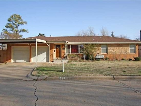 527 SW 3rd St, Moore, OK 73160