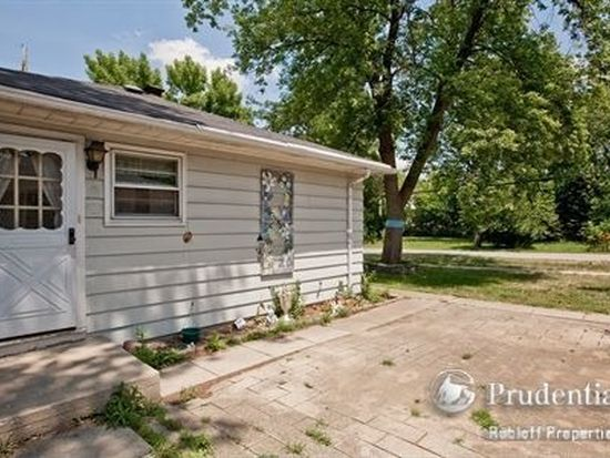 6301 Carpenter St, Downers Grove, IL 60516
