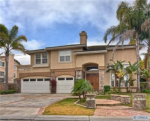 6796 Turf Dr, Huntington Beach, CA 92648
