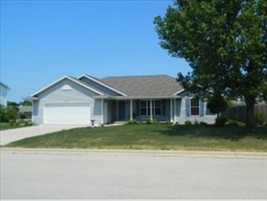 457 Janet Ln, Wrightstown, WI 54180