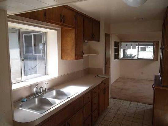 841 Lamar St, Ramona, CA 92065