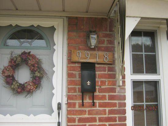 9918 Woodring St, Livonia, MI 48150