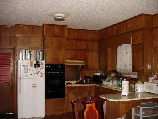 705 Pine St, Daphne, AL 36526