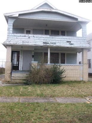 1378 Larchmont Rd, Cleveland, OH 44110