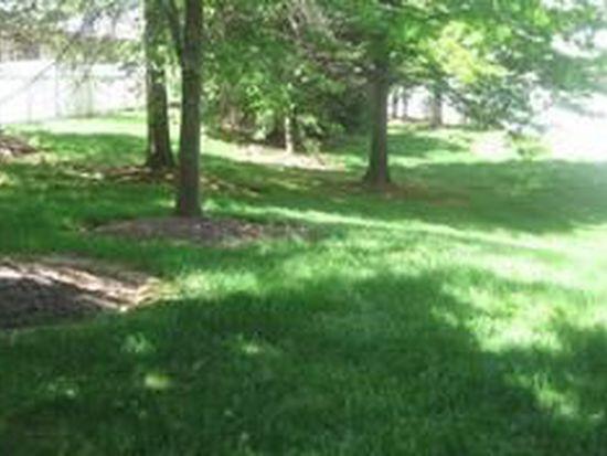 130 Sapphire Ln, Franklin Park, NJ 08823