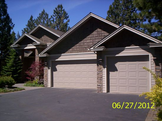 3259 NW Massey Dr, Bend, OR 97701