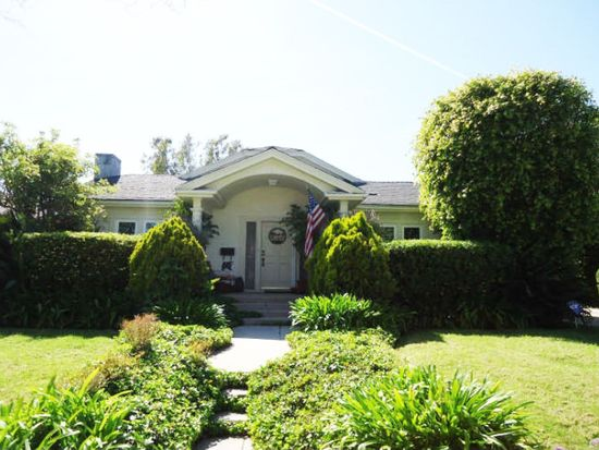 115 N Palm Dr, Beverly Hills, CA 90210
