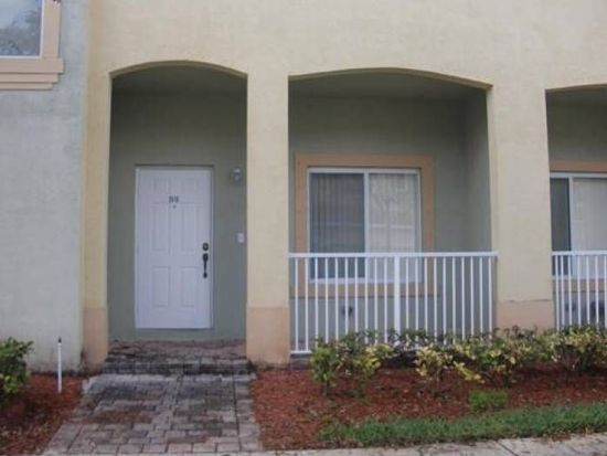 2416 SE 19th Ct, Homestead, FL 33035