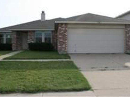 1508 Daisy Ln, Burleson, TX 76028