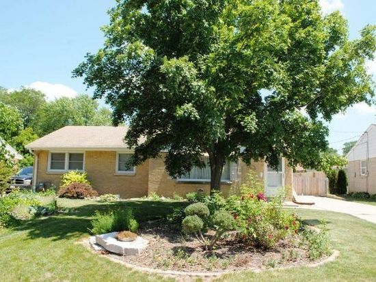 4436 S 64th St, Greenfield, WI 53220