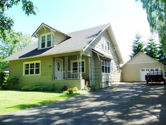 883 S End Rd, Oregon City, OR 97045