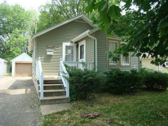 229 S Edison Ave, Elgin, IL 60123